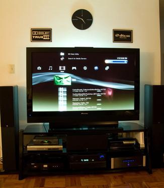 60�既�高清 看大尺寸平板电视的影院系统