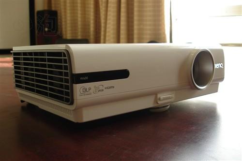 明基W600+投影机