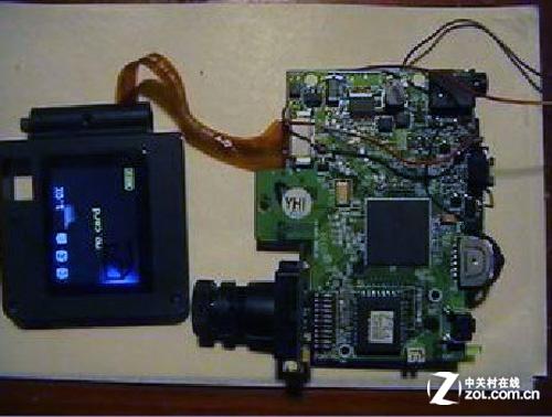 diy投影机中的驱动板类似于电脑的主板,与液晶屏配套使用,配置了投
