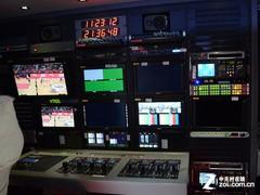 CCBN2013:沃尔沃重卡 索尼秀3D转播车